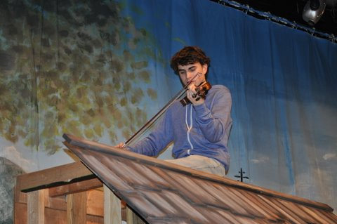 Behind The Scenes The Fiddler On The Roof Tower Review